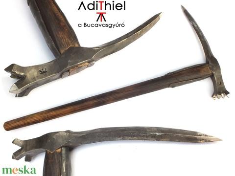 Nyelezett kovácsolt acél csatakalapács rövid, égetett és olajozott tölgyfa nyéllel, [FN_05a] (adithiel) - Meska.hu