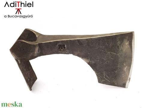 Kovácsolt szakállas balta szakállas köpűvel, kemény acél éllel, [B_04a] (adithiel) - Meska.hu