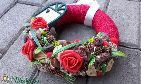 KATICÁK OTTHONA tavaszi-piros kopogtató, ajtódísz, falidísz - otthon & lakás - dekoráció - ajtódísz & kopogtató - Meska.hu