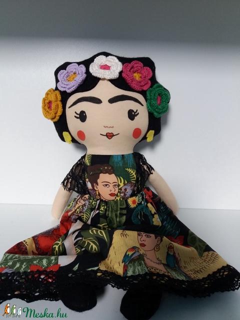 Frida Kahlo mexikói  textilbaba - Meska.hu