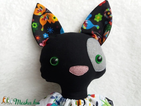 Lukrécia, fekete öltöztethető cica textilből (agotamama) - Meska.hu