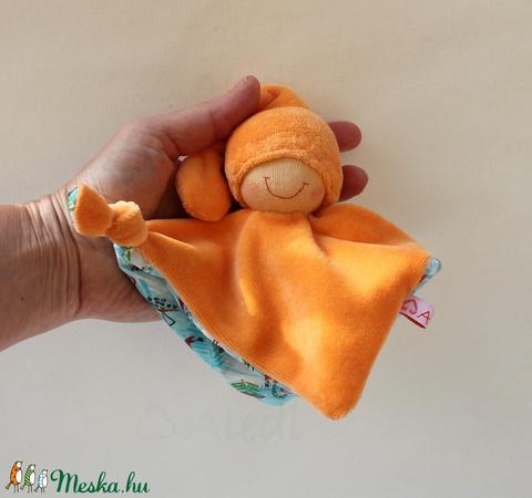 Kis rongyi baba- narancssárga (Aledi) - Meska.hu