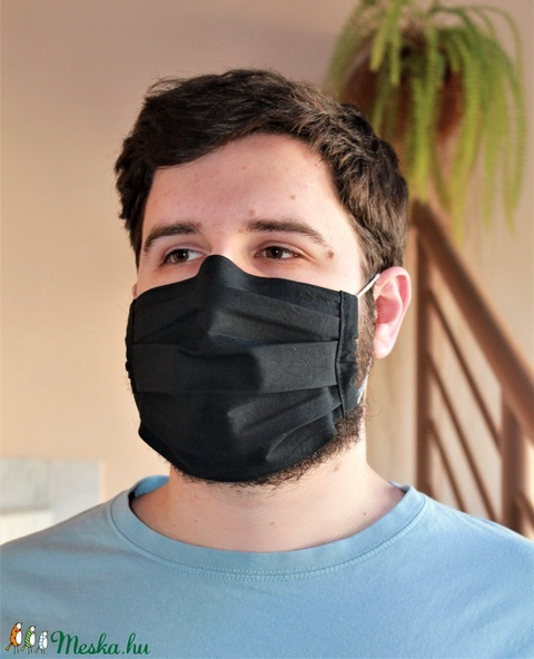 Fekete merevítős szájmaszk plusz zsebnyílással (AlkoTaskaim) - Meska.hu