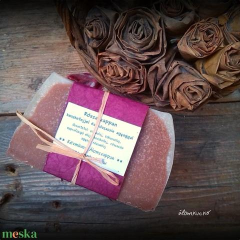Rózsaszappan kecsketejjel és rózaszín agyaggal (alomkucko) - Meska.hu
