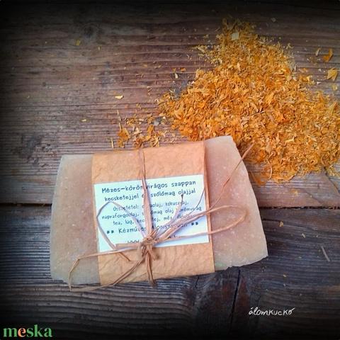 Mézes-körömvirágos szappan kecsketejjel (alomkucko) - Meska.hu