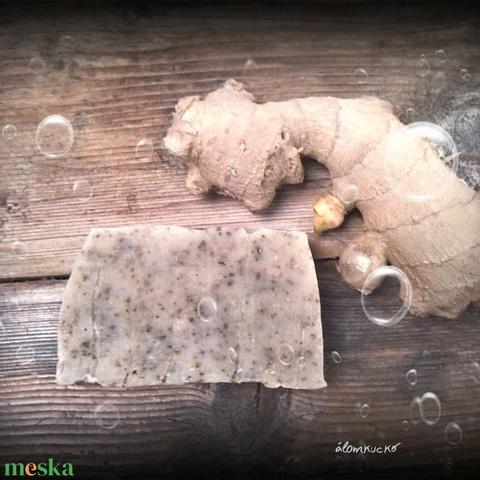 Gyömbéres-citromfüves szappan mézzel és méhviasszal - Meska.hu