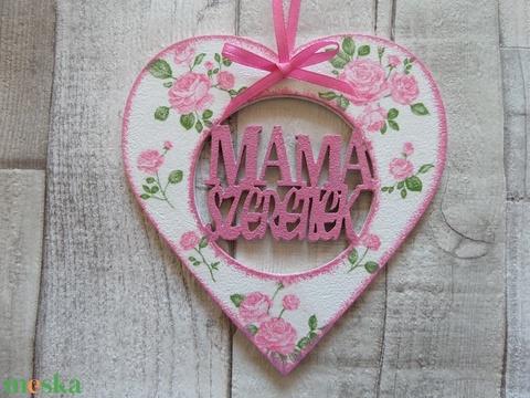Szív alakú dísz Mama szeretlek felirattal - Meska.hu