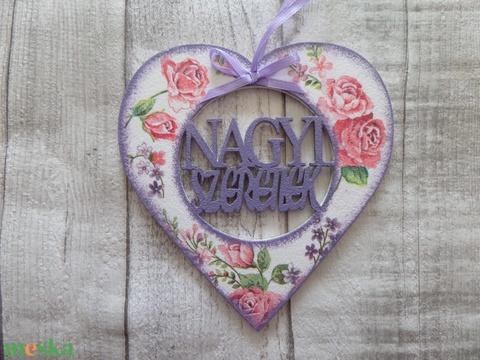 Szív alakú dísz Nagyi szeretlek felirattal - Meska.hu