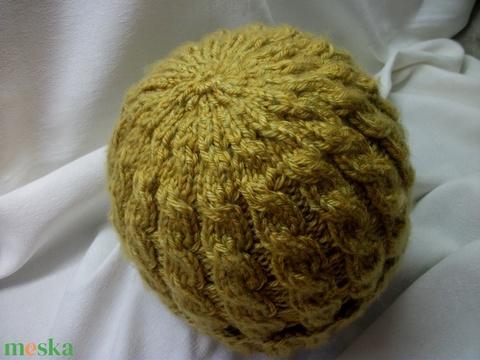 Mustársárga, rugalmas, kötött sapka gyerek, vagy felnőtt méret (AnniMari) - Meska.hu