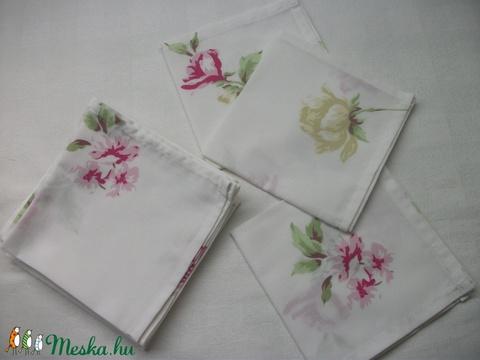 Textil zsebkendő vagy szalvéta  28 x 28 cm  (AnniMari) - Meska.hu