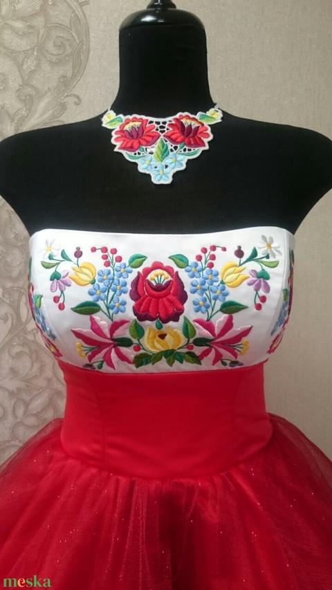 Kalocsai menyecske ruha  (annobaby) - Meska.hu