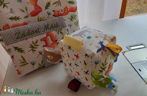 Rókakoma-babaváró ajándékcsomag, pelenkatáska, utazós neszesszer, készségfejlesztő kocka. - Meska.hu