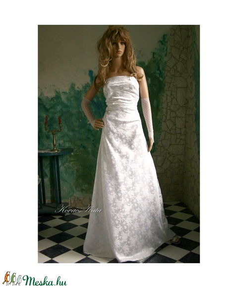 DOMINIKA - menyasszonyi ruha (Aranybrokat) - Meska.hu