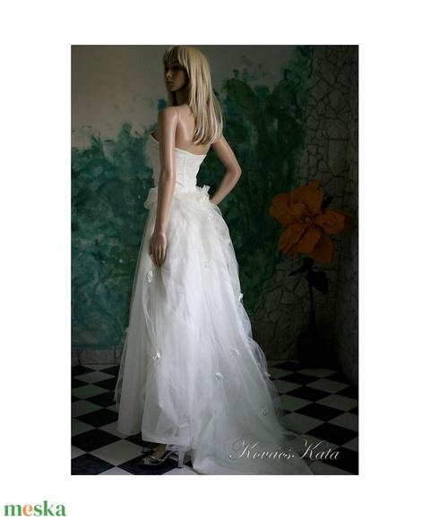 SOPHIA - menyasszonyi ruha  (Aranybrokat) - Meska.hu
