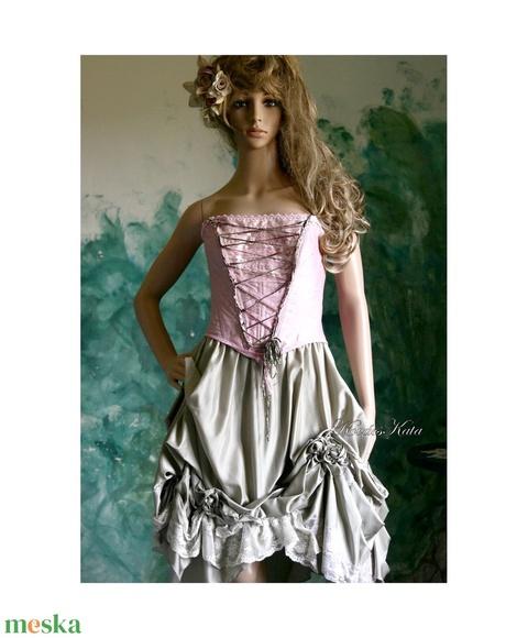 ROZINA - lolita-ruha (Aranybrokat) - Meska.hu