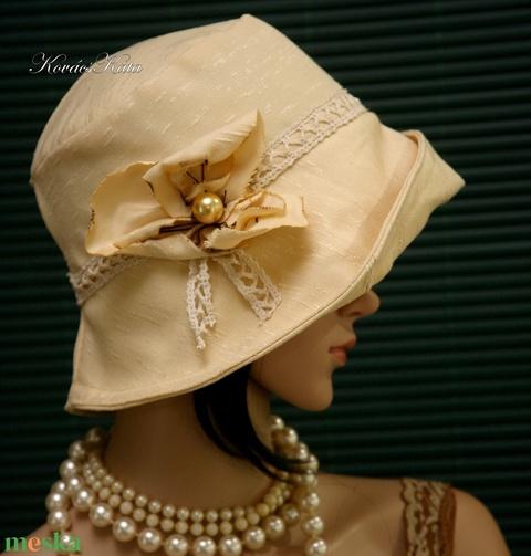 DERBY - elegáns design-kalap (Aranybrokat) - Meska.hu