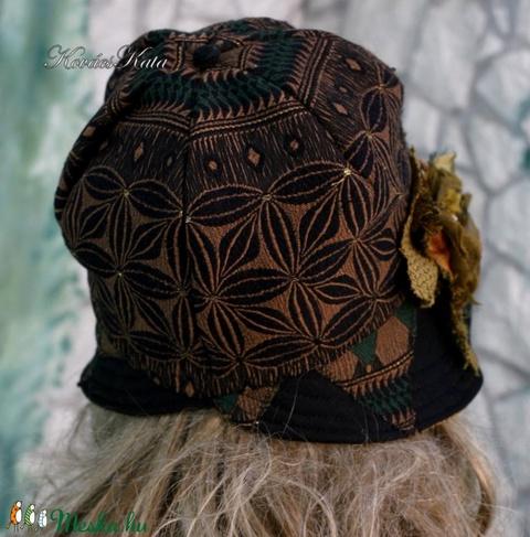 CLOCHE-ŐSZ - design flapper-kalap (Aranybrokat) - Meska.hu