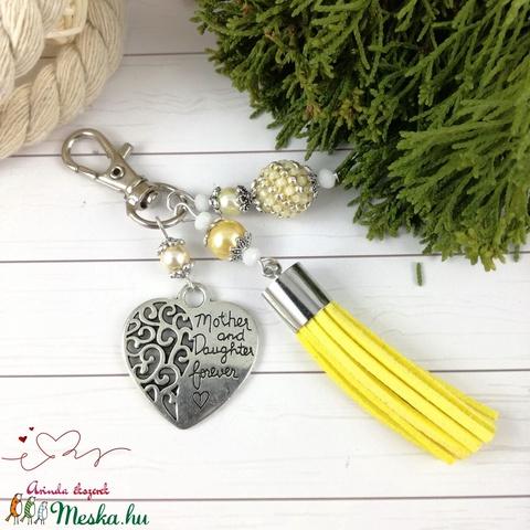 Anya lánya napsárga bojtos kulcstartó táskadísz szettesküvő alkalmi koszorúslány örömanya násznagy ünnepi elegáns  - Meska.hu