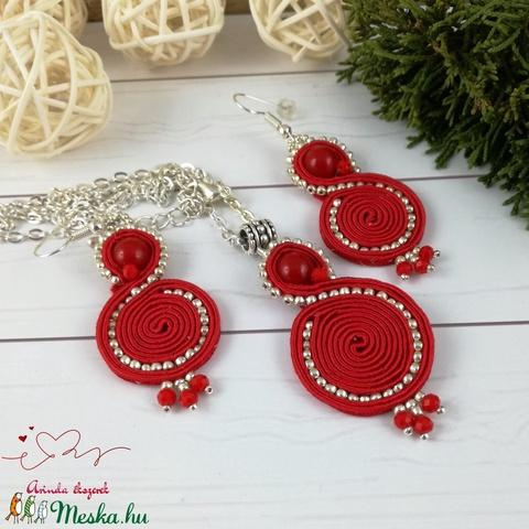 Piros tekercs sujtás nyaklánc fülbevaló szett esküvő alkalmi koszorúslány örömanya násznagy ünnepi elegáns - Meska.hu