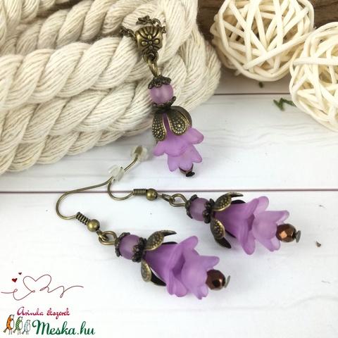 Tavaszi virágok lila virágos nyaklánc fülbevaló szett - Meska.hu