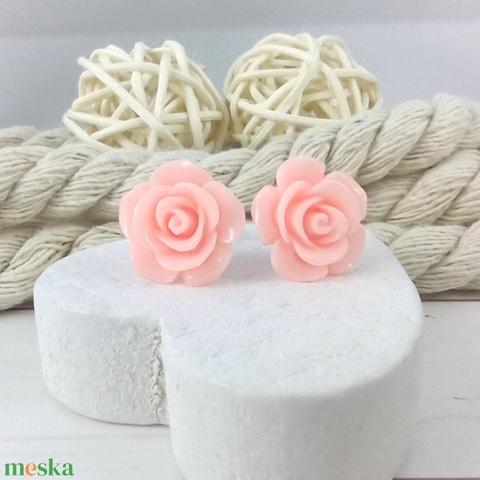 Rózsaszín rózsás antiallergén nemesacél acél fülbevaló tavaszi nyári ajándék nőnek lánynak hétköznapra esküvőre - Meska.hu
