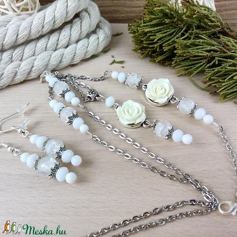 #10 fehér rózsás szett nyaklánc fülbevaló karkötő vintage esküvő alkalmi koszorúslány örömanya menyasszony násznagy - Meska.hu