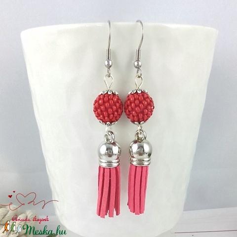 Bojtos fülbevaló antiallergén gyöngyös paprika piros acél fülbevaló tavaszi nyári ajándék nőnek lánynak esküvőre hétközn - Meska.hu