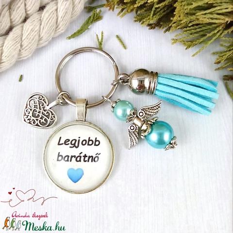 Legjobb barátnő feliratos üveglencsés kulcstartó táskadísz kék angyallal és bojttal karácsony szülinap névnap - Meska.hu