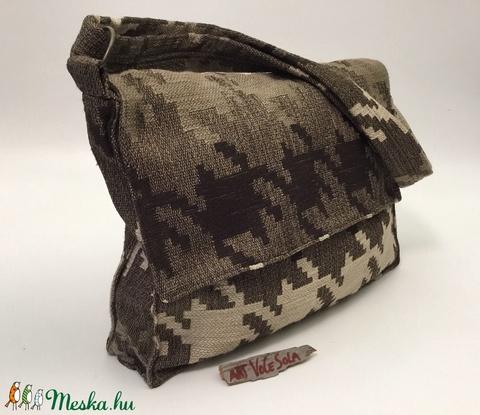 Kirakósdi táska (artvocesola) - Meska.hu