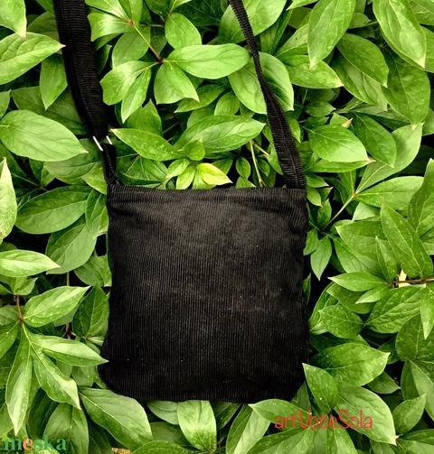 Negro kicsi táska - Meska.hu