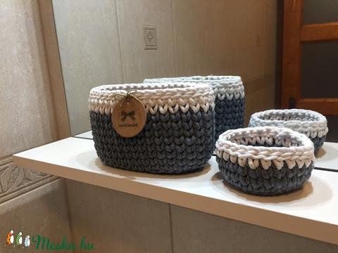 Kék-fehér kosár szett fürdőszobai polcra vagy kis helyre (Auskas) - Meska.hu