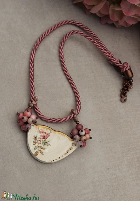 Rózsás vintage nyaklánc - Meska.hu