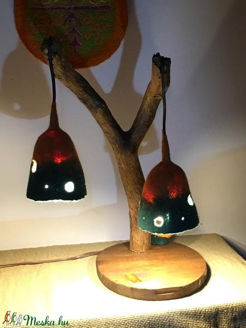 Narancs-zöld asztali lámpa fából és nemezből (Azul) - Meska.hu