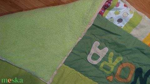 Baglyos takaró, gyerekszobába, névvel és vagy a kedvenc mesehősőkkel, a gyerekszoba designjával megegyezően (Babam) - Meska.hu