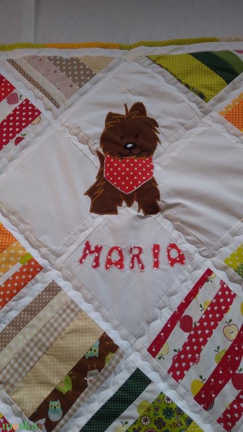 Babatakaró névvel és kedvenc kutyussal, patchwork takaró, babaszoba, ahogy sezeretnéd (Babam) - Meska.hu