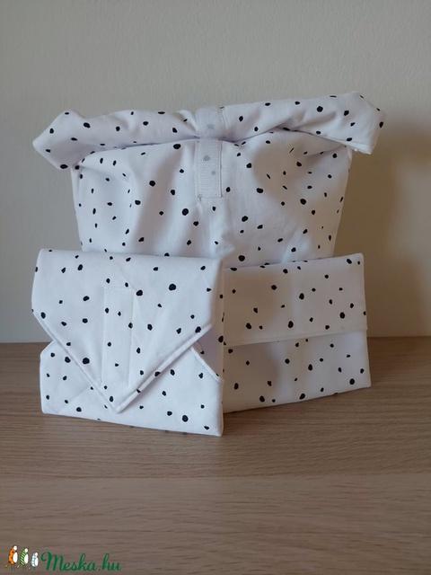 Uzsonnás táska, újraszalvéta és snak tasak egyben - hulladékcsökkentés jegyében, belül vízzáró réteggel (badogabi) - Meska.hu
