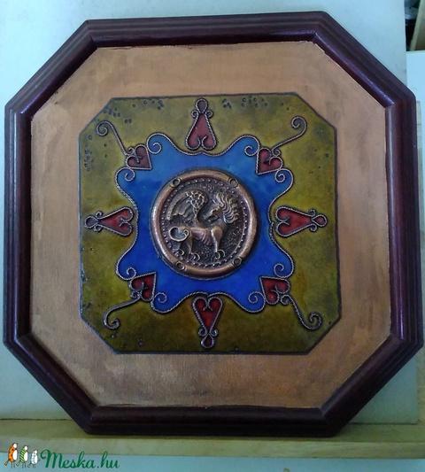Tűzzománc kép cizellált szárnyas oroszlán középpel (Bagika) - Meska.hu