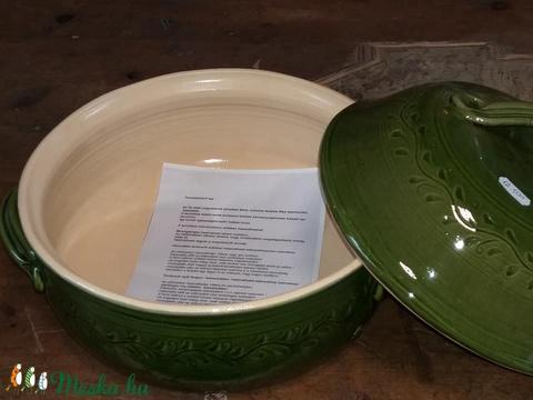 Zöld sütőedény kemecébe is  (bajuker) - Meska.hu