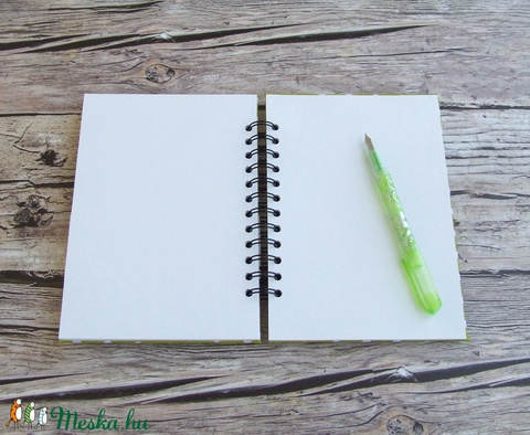 DOTTED'N'CUTE napló kivizöld színben (BeHappyBooks) - Meska.hu
