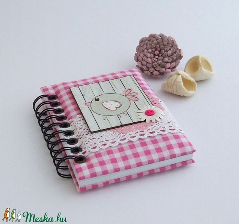 PRETTY PINK napló, kockás (BeHappyBooks) - Meska.hu