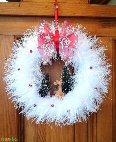 Téli, karácsonyi ajtódísz, kopogtató - őzikés, fehér (BellestiDesign) - Meska.hu