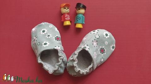 Tavaszi babacipő, textil bébicipő, rugalmas textil cipő kisbabáknak - Meska.hu