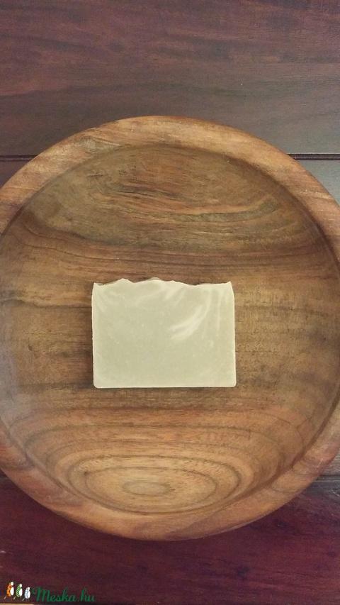 Zöld agyagos  vegán szappan zsíros, pattanásos bőrre (Bhumi) - Meska.hu