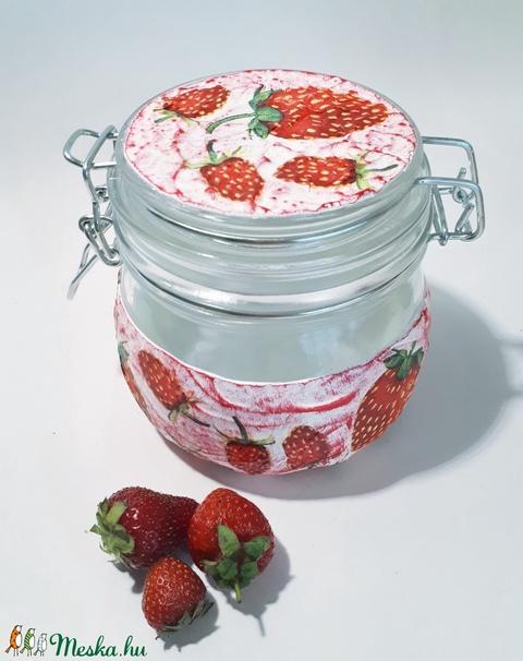 Epres csatos fűszertartó, lekvártartó, epres konyhai dísz eperimádóknak ajándék gyereknapra, anyák napjára (Biborvarazs) - Meska.hu