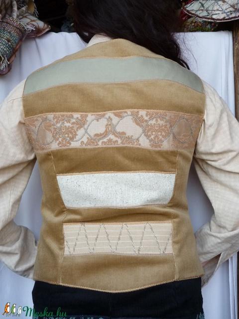 Női, drapp színű mellény - Meska.hu