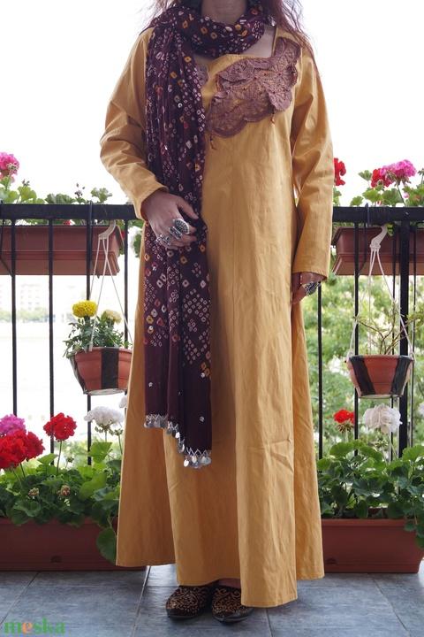 AKCIÓS!!! Mustársárga,  mályva csipkés ruha, L-es méret - Meska.hu
