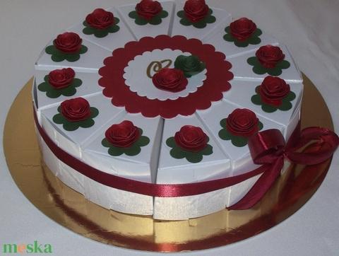 Pénzajándék átadó torta- nemzeti színekben - esküvő - emlék & ajándék - nászajándék - Meska.hu