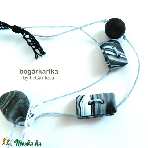 Madaras nyaklánc - fekete-fehér - Meska.hu