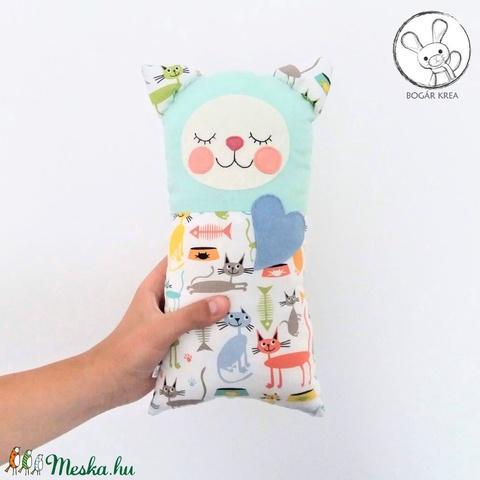 Szundi párna - cica menta színben (boGarkrea) - Meska.hu