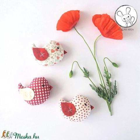 Kismadarak - piros szett - 3 darab függeszthető dísz, dekor madár, lakásdísz (boGarkrea) - Meska.hu